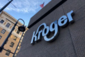 Picture of Kroger says average hourly rate to reach $21 with benefits