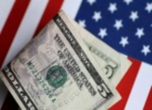 Picture of Dollar Slips From One-Month High Ahead of Fed Statement