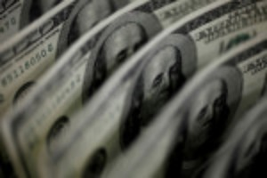 Picture of Fed-fueled dollar rises as bears make for exits