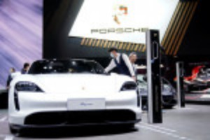 Picture of Porsche to set up joint venture with German battery maker