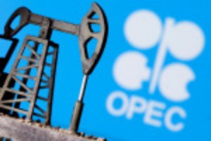 Picture of Exclusive: OPEC told to expect limited U.S. oil output growth, for now - sources