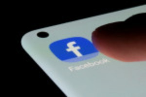 Picture of Google, Facebook set to squash initial iOS fears, show big revenue jump