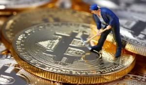 Ảnh của Bitcoin giao dịch trong sắc xanh, tăng 10.24%