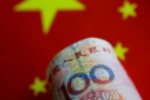 Picture of Chinese yuan bears return after regulatory crackdown on private sector: Reuters poll