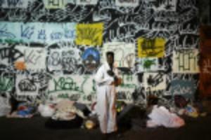 Picture of Rio's homeless brave unprecedented cold