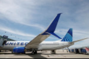 Picture of United says about 90% of U.S. staff vaccinated ahead of company deadline