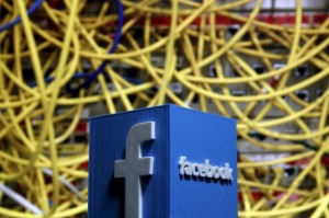 Picture of Facebook Falls as Public Outcry Forces it to Pause Instagram Kids
