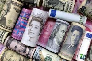 Picture of Rising U.S. yields push dollar higher; yen falls to three-month low