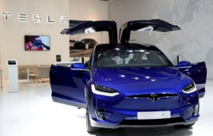Picture of Tesla set to post strong deliveries after production spurt - analysts