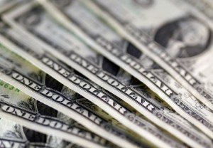 Picture of Dollar Loses Ground Against Other Currencies Following Inflation Data