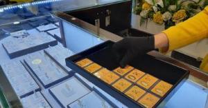 Ảnh của Giá vàng ngày 15.10.2021: SJC tiếp tục cao hơn thế giới 9,5 triệu đồng/lượng